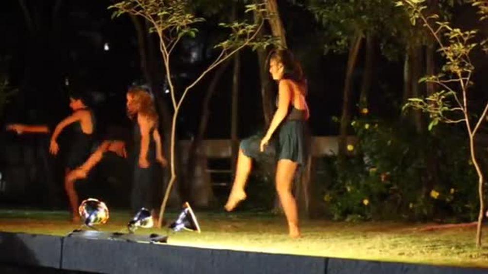 Denise Quiñones se estrena como bailarina contemporánea
