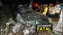 Muere tras embestir con su vehículo a dos personas