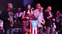 El espectáculo, que se extendió durante 2 horas y 45 minutos, fue un despliegue de afirmación puertorriqueña.