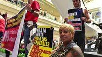 Manifestación de trabajadores en Plaza Las Américas