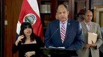 (Video) Declaración de Luis Guillermo Solís sobre primer vuelo directo de México para migrantes cubanos
