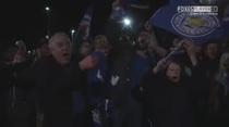 (Video) Aficionados del Leicester celebran en las calles el histórico campeonato dl club