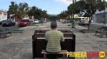 Gracias a la iniciativa del artista inglés Luke Jerram, ahora en Mayagüez la gente puede sentarse a pulir sus destrezas en el piano.