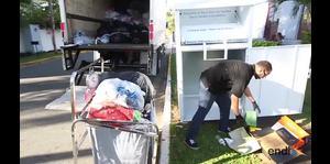 Recogen sobre 200,000 libras de textiles para reciclaje
