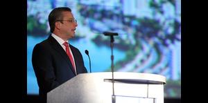 Gobernador Alejandro García Padilla habla a inversionistas en el Puerto Rico Investment Summit