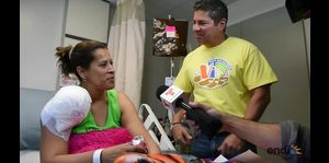 Raymond Arrieta sorprende a pacientes de cáncer