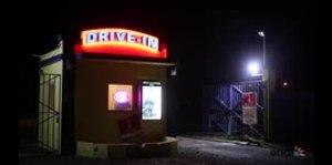 Una noche en el autocine de Arecibo