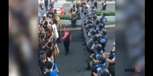 Así comenzó la manifestación con la Junta en Condado