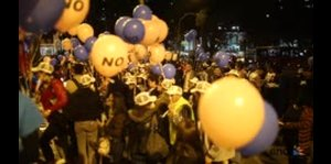 """Manifestación a favor del """"No"""" en Colombia"""