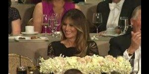 Trump y Clinton provocan risas en tradicional cena benéfica