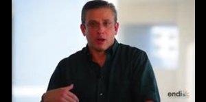 Alejandro García Padilla reacciona al cheque de liquidación de Melba Acosta