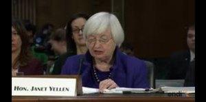 Titular de la Reserva Federal pide prudencia con el presu...