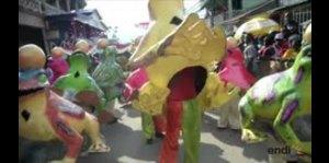 Haitianos salen a las calles para celebrar el carnaval
