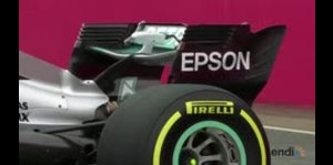 Mercedes muestra su auto 2017