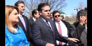 El gobernador habla sobre el esfuerzo bipartita por los f...