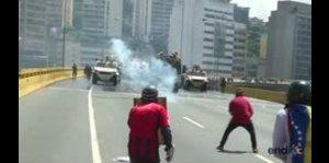 Nuevos enfrentamientos en marcha venezolana