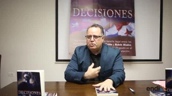 """Robert Morgalo presenta el libro """"Decisiones..."""