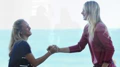 Encuentro amigable entre Sharapova y Puig
