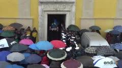 Localizan a tres víctimas del alud en Italia