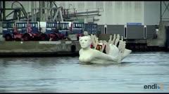 Impresionantes esculturas flotan en Dinamarca