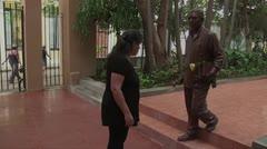 Develan en Cuba escultura de Gabriel García Márquez