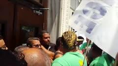 Sindicatos se manifiestan frente al Capitolio