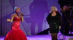 Yolandita y Lissette unen sus melodiosas voces