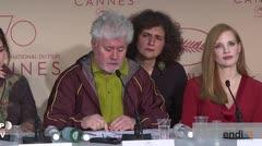 Pedro Almodóvar trata de presionar a Netflix en apertura  de Cannes