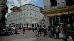 El primer hotel superlujoso de Cuba abre sus puertas