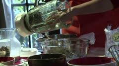 """La """"medicina culinaria"""" con cannabis entra a la cocina de Chile"""