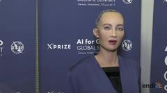 Robot con inteligencia artificial da entrevista en Suiza