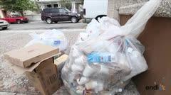Ciudadanos reaccionan a la basura en Cabo Rojo