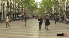 Policía española busca a sospechoso de atentado
