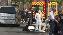 Una guagua embiste dos paradas de autobús en Marsella