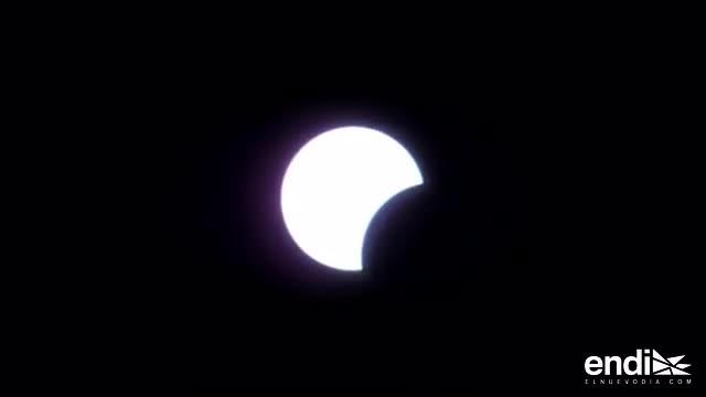 Revive el encanto del eclipse en dos minutos