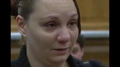 Conmovedor: un juez condona multas a una mujer tras el asesinato de su hijo