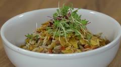 Receta del día: ensalada orzo con gandules y platanutres