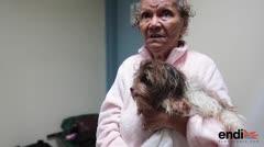 Anciana se salvó durante el huracán sin poder ayudar a uno de sus perros