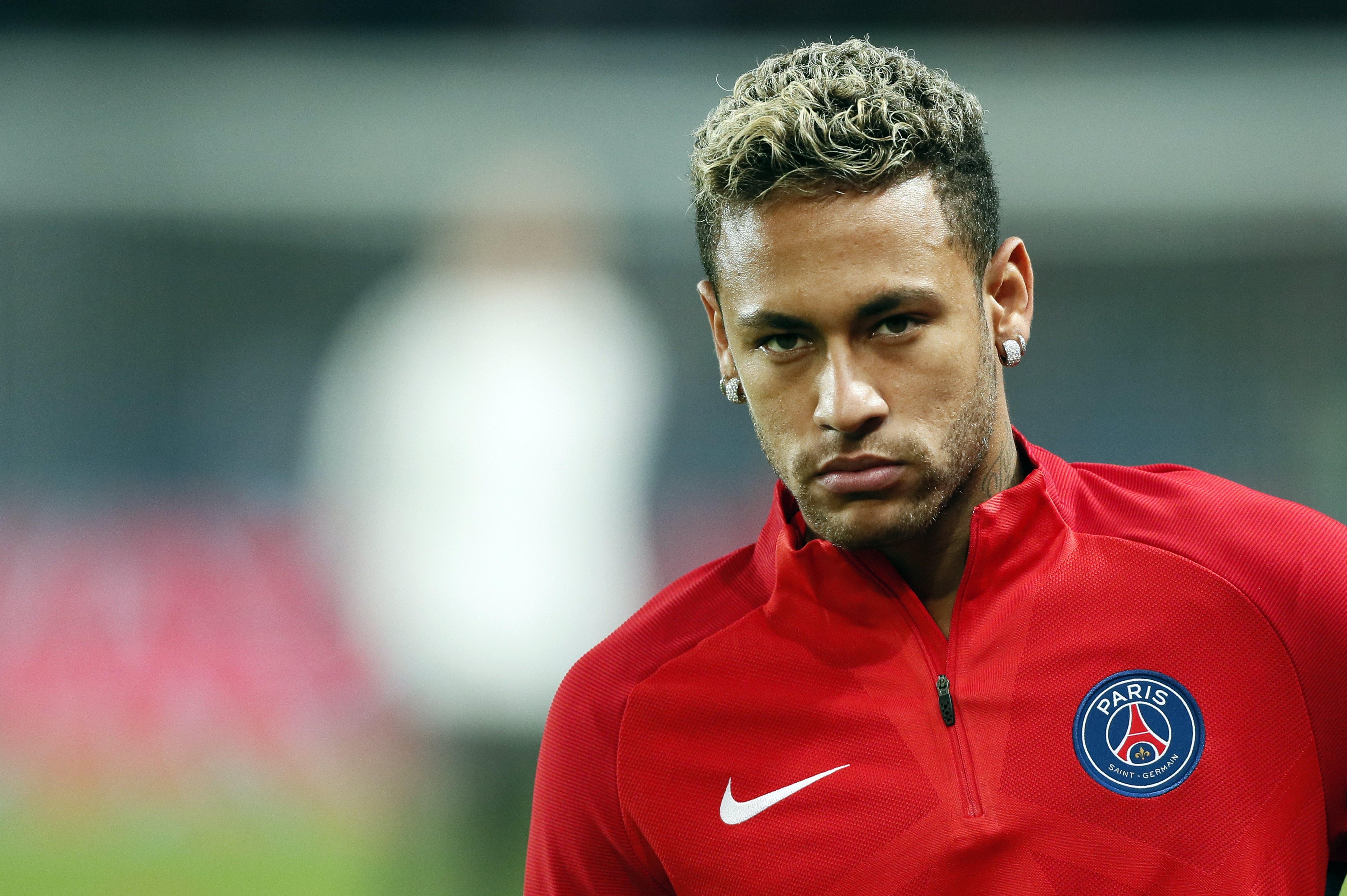 """Emery cree que Neymar """"debe aprender"""" de su expulsión"""