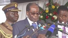 Renunció el presidente de Zimbabue, Robert Mugabe