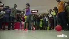 Increíble: Pinki Debbie rompe récord bailando durante 137 horas