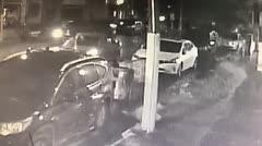 Unos ladrones roban una guagua en Río Piedras