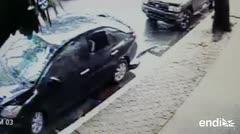 Captan a un ladrón de autos en plena fechoría en una calle de San Juan