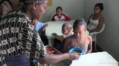 La solidaridad se sienta a la mesa en barriada de Venezuela