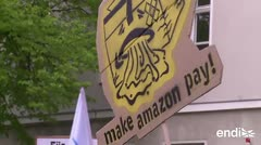 Trabajadores de Amazon demandan por derechos laborales en Berlín
