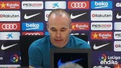 Andrés Iniesta llora al despedirse del club Barcelona