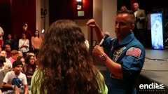 """Joseph Acabá: """"ver personas caminar en la Luna me motivó a ser un astronauta"""""""
