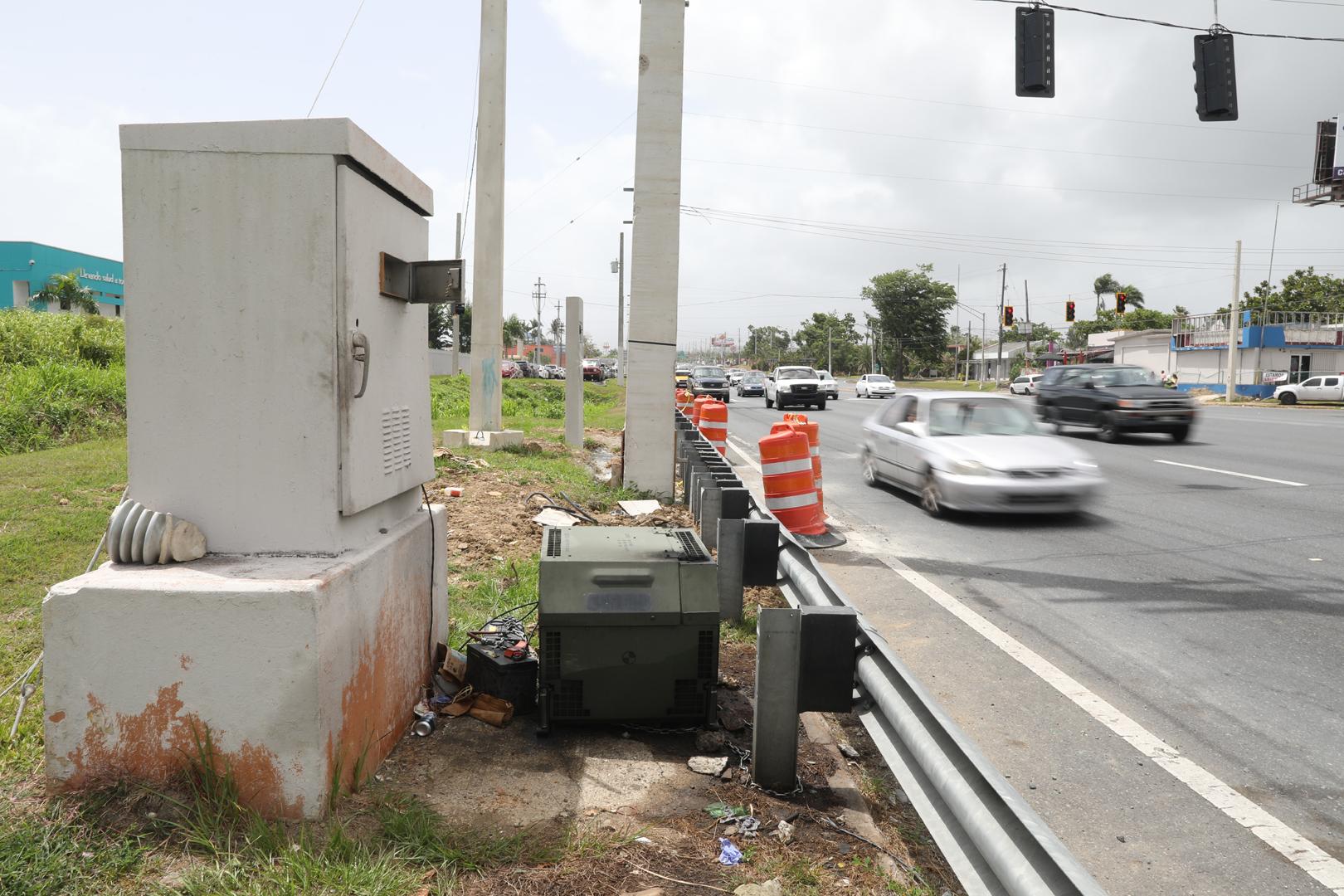 Energizarán los semáforos de dos intersecciones en Carolina