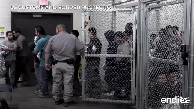 Impactantes visuales de inmigrantes enjaulados en un centro de Texas