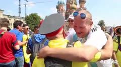 La Plaza Roja de Moscú es el punto de encuentro de las aficiones